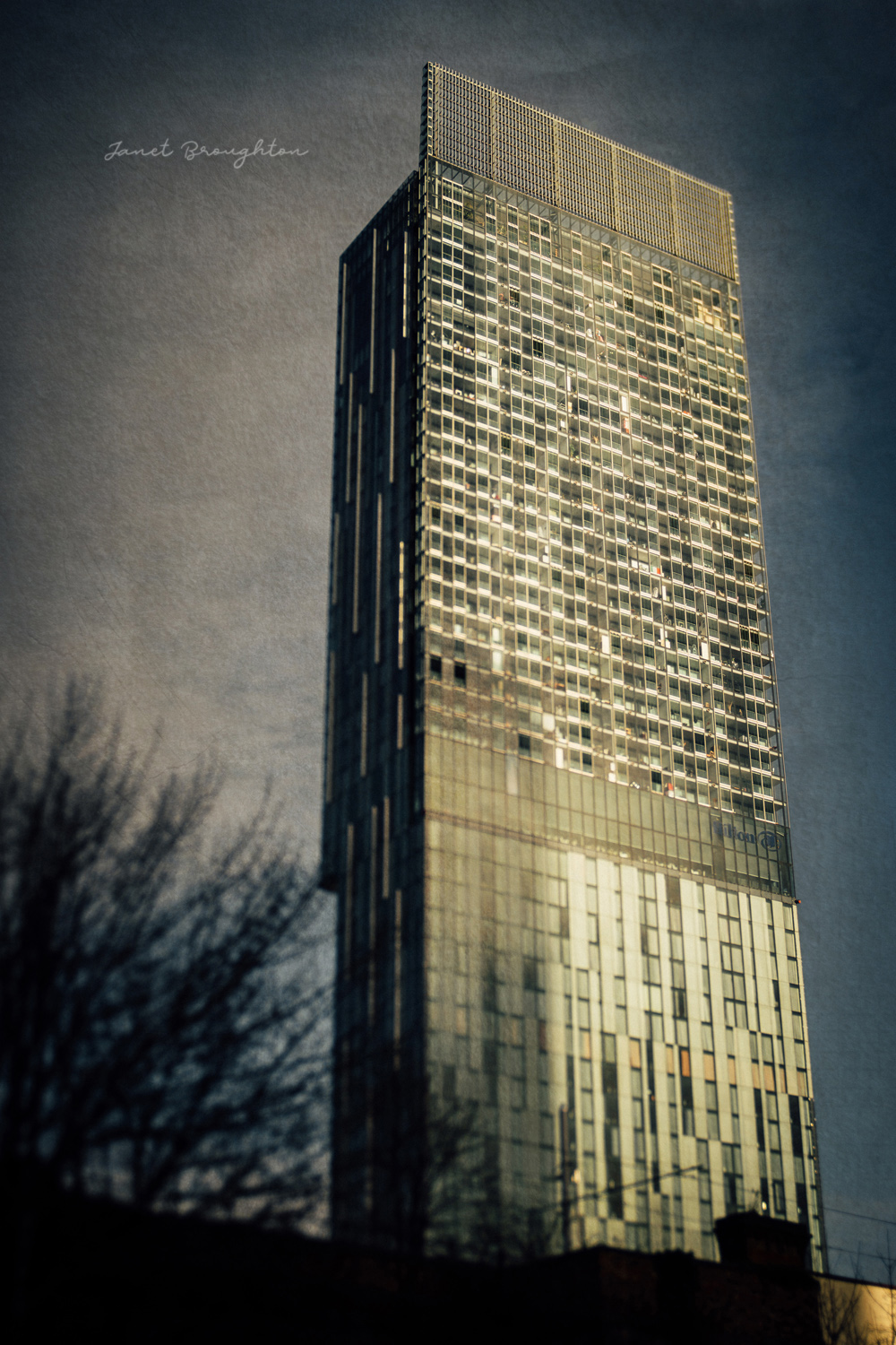 Urban photography with Lensbaby Edge 50