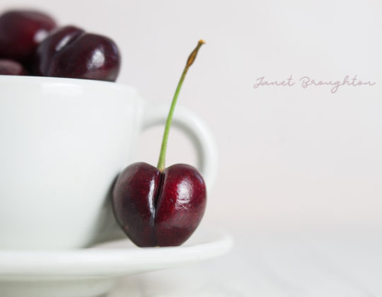 Creative Food photography with Lensbaby Velvet 56